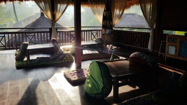 Shisha lounge early morning