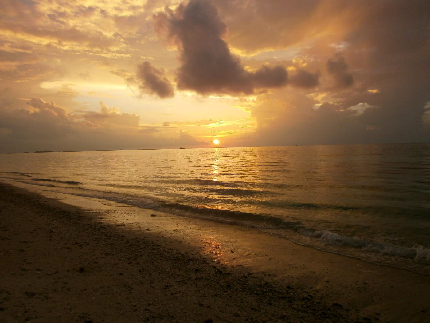 Sonnenuntergang Dhigurah
